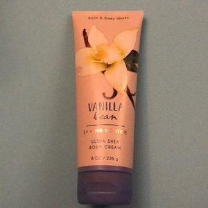 Bath and body works vanilla bean cream